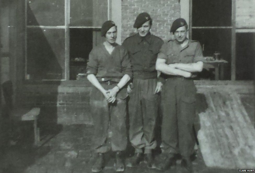 British soldiers - Arthur Thompson in the middle